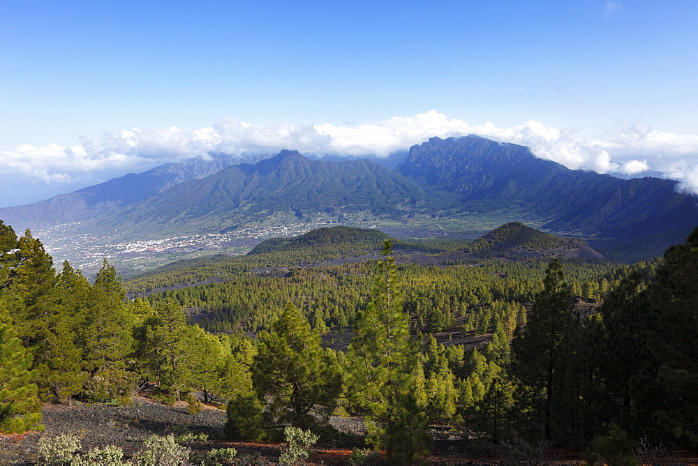 "Caldera de Taburiente and El Paso, view from the vantage point ""Mirador de Birigoyo"", La Palma, Canary Islands, Spain, Europe"