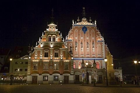 House Blackheads, Melngalvju Nams at night, Town Hall Square, Ratslaukums, old town, Vecriga, Riga, Latvia