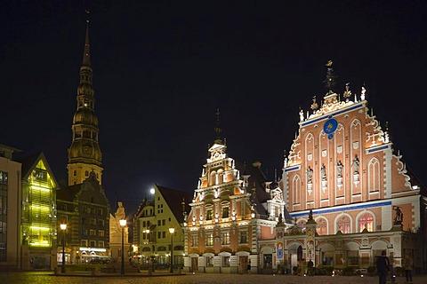 St Peter's Church, Peterbaznica and House Blackheads, Melngalvju Nams at night, Town Hall Square, Ratslaukums, old town, Vecriga, Riga, Latvia