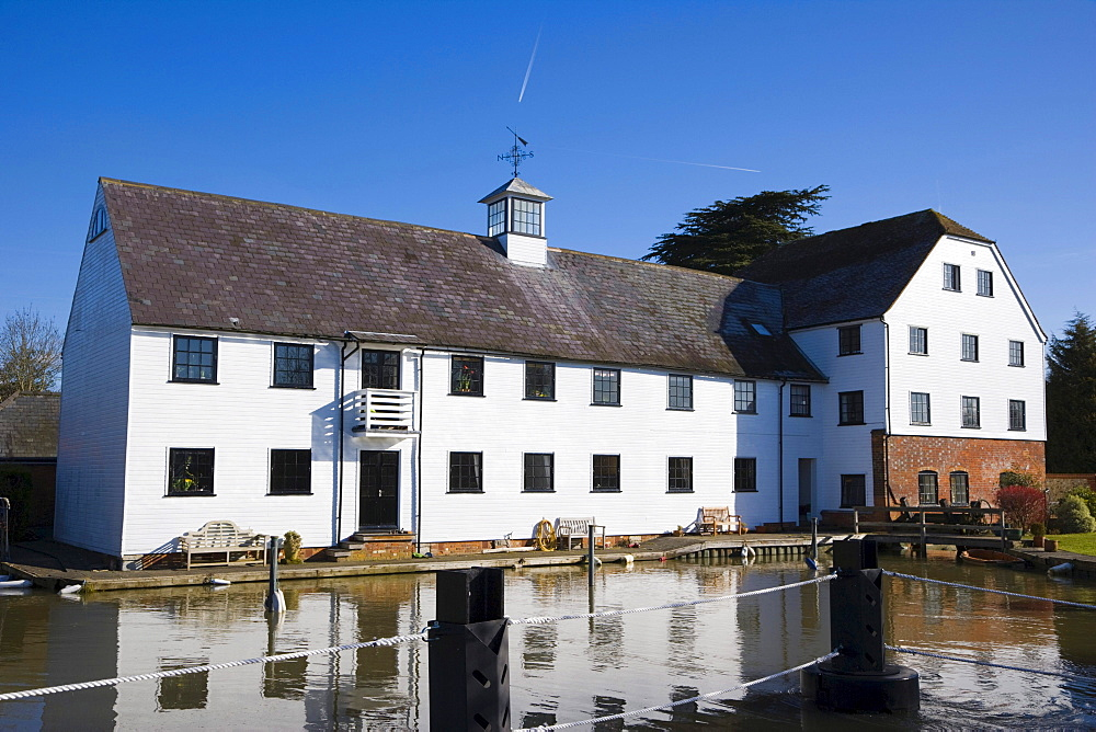 Hambleden Mill downstream of Henley-on-Thames, Oxfordshire, England, United Kingdom, Europe