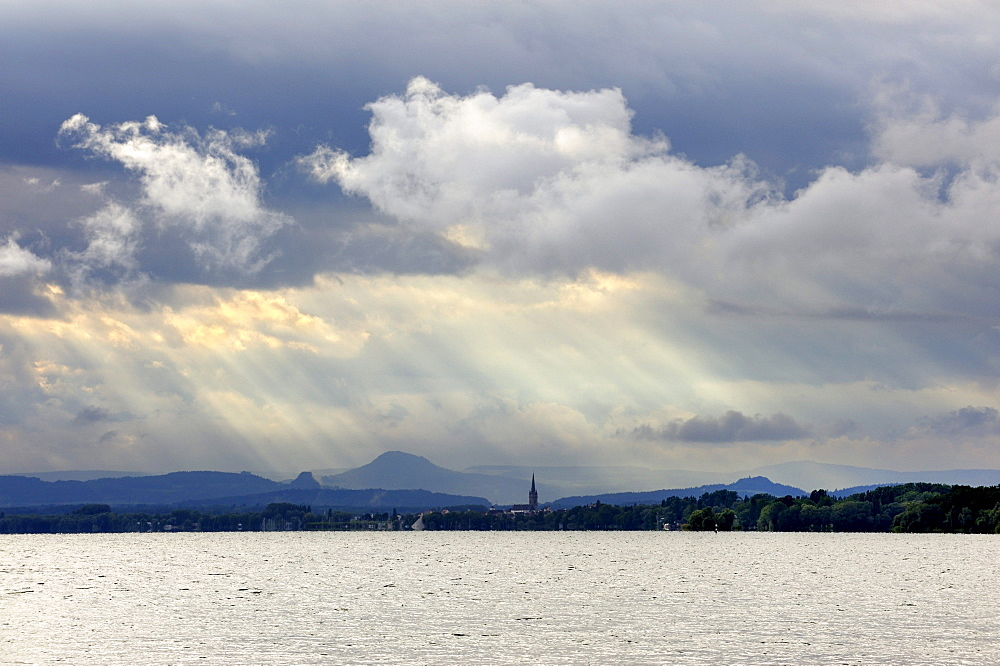 Mood lighting above Lake Constance, Hegau volcanoes on the horizon, County of Constance, Baden-Wuerttemberg, Germany, Europe
