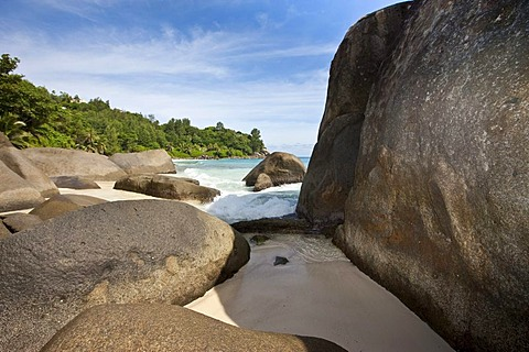 Beach near Vista do Mar with the typical granite rocks of the Seychelles, Glacis, Mahe Island, Seychelles, Indian Ocean, Africa
