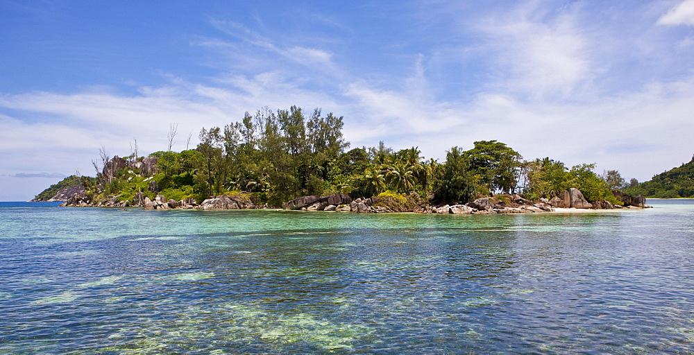 Beach of Anse L'Islette, Mahe Island, Seychelles, Indian Ocean, Africa
