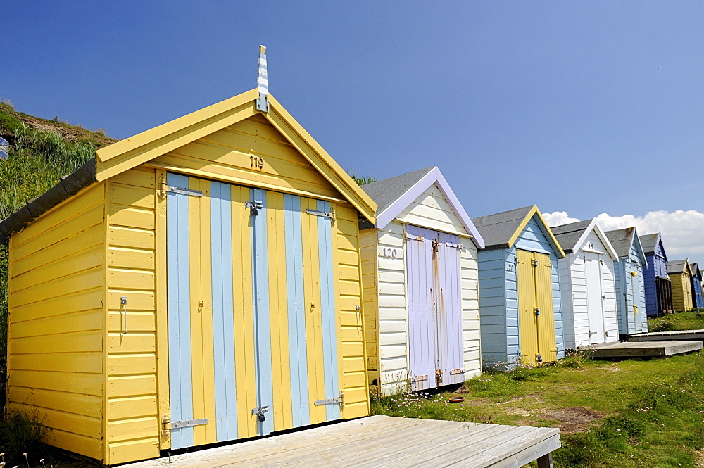 Beach huts on the beach of Milford on Sea, Hampshire, South England, UK, Europe