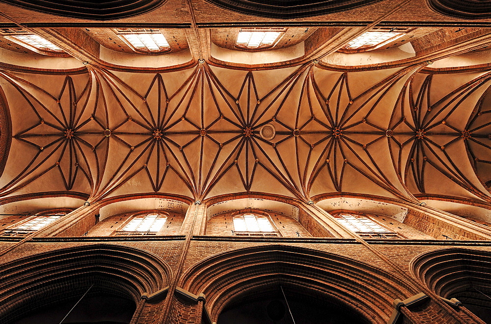 Gothic vaulted ceiling of St. Nicholas Church, Lueneburg, Lower Saxony, Germany, Europe