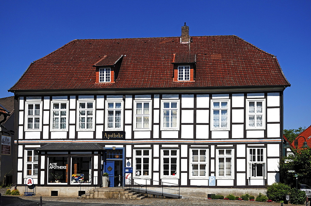 "Lower Saxony half-timbered house ""Alte Apotheke"" ""Old Pharmacy"", 18th cent., Bad Essen, Lower Saxony, Germany, Europe"