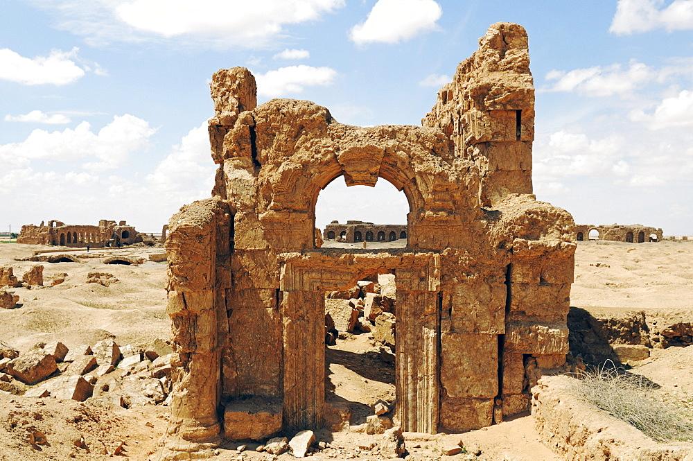 Ruins of the Byzantine Resafa fortress, Sergiopolis, Syria, Asia