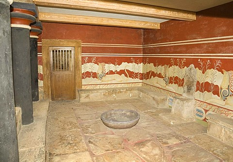 "The ""throne room"" on the grounds of the Minoan excavation of Knossos, Heraklion, island of Crete, Greece, Europe"