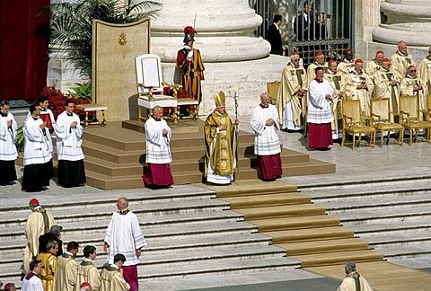 Inauguration of Pope Benedict XVI, Ratzinger, St Peters Basilica, Vatican, Rome, Latium, Italy, Europe