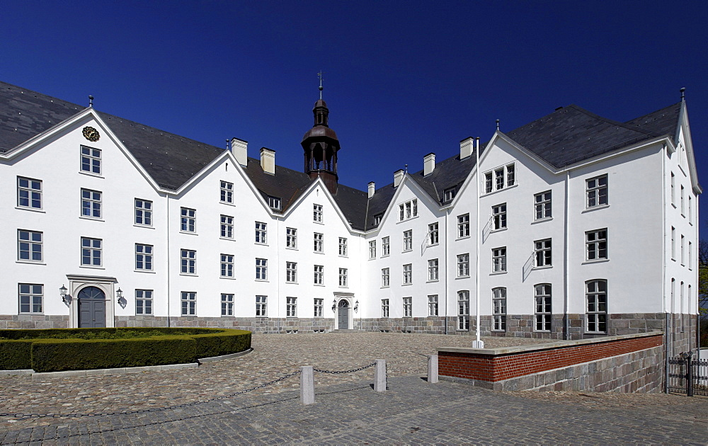 Schloss PloenCastle, now the headquarters of the Fielmann-Akademie academy, Ploen, Holstein Switzerland, Schleswig-Holstein, Germany, Europe