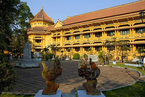 Colonial building, painted yellow, Museum of Ethnology, Hanoi, Vietnam, Southeast Asia, Asia