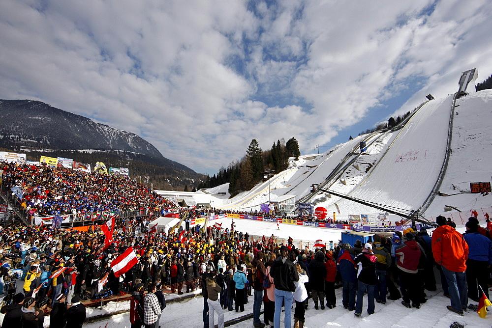 Slalom on Gudiberg, World Cup ski, winter sports, grandstand, spectators, Garmisch Partenkirchen, Upper Bavaria, Bavaria, Germany, Europe