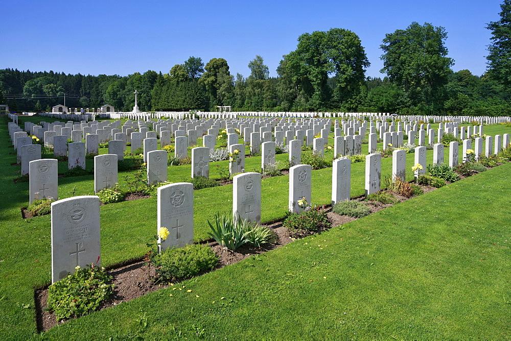 Durnbach war cemetery, war graves, 2960 soldiers killed in action, World War 2, Durnbach, Upper Bavaria, Bavaria, Germany, Europe