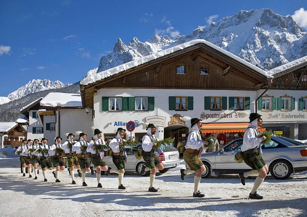 """""""Schellenruehrer"""" bell ringers, carnival, Karwendelgebirge mountains, Mittenwald, Werdenfels, Upper Bavaria, Bavaria, Germany, Europe"""