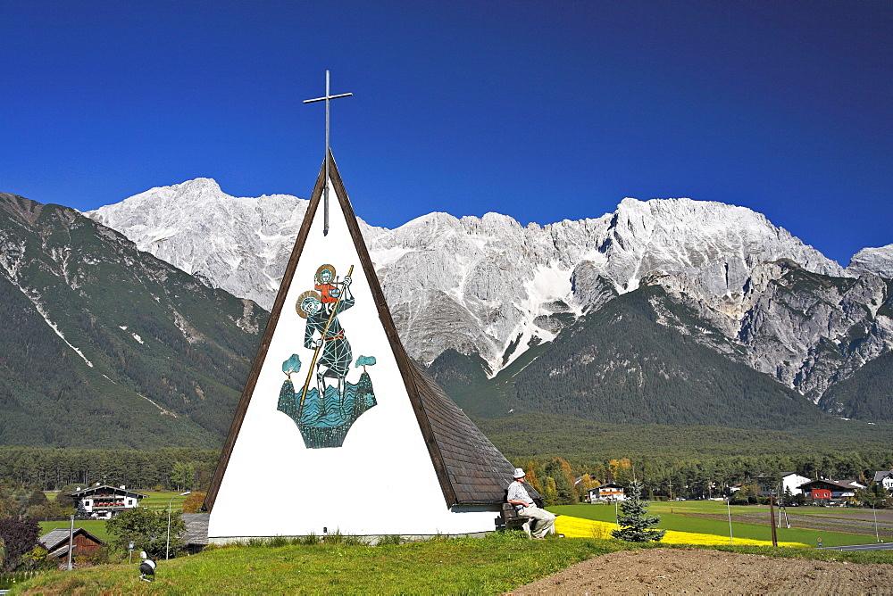 Chapel at Fronhausen, Barwies, Mieminger Plateau, Inntal valley, Tyrol, Austria, Europe