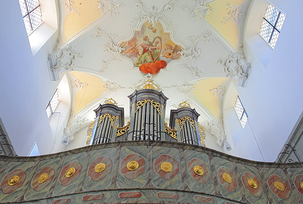 Organ and apse mural in the church of the Monastery of St. Peter and Paul in Niederzell, Reichenau Island, Lake Constance, Konstanz district, Baden-Wuerttemberg, Germany, Europe