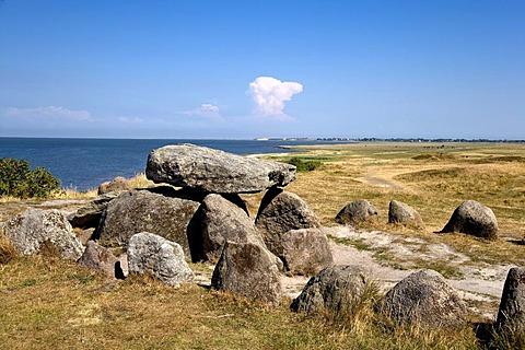 Harhoog dolmen, megalithic tomb, Keitum, Sylt, North Frisia, Schleswig-Holstein, Germany, Europe