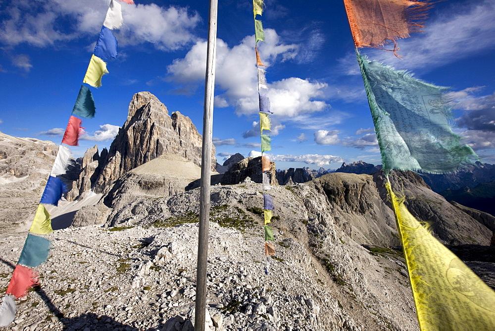 Prayer flags, Paternkofel mountain, Sexten Dolomites, Alto Adige, Italy, Europe