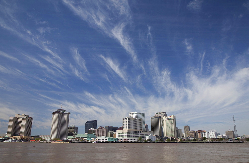 The New Orleans skyline and the Mississippi River, New Orleans, Louisiana, USA