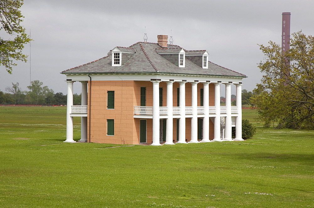 The Malus-Beauregard House on the Chalmette Battlefield, site of Gen. Andrew Jackson's victory over British troops in the Battle of New Orleans in 1815, Chalmette, Louisiana, USA
