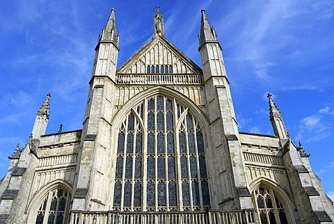 Winchester Cathedral, 170 m high, highest cathedral in England, South England, United Kingdom, Europe