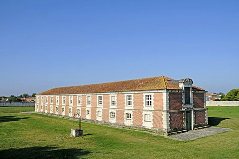 Halle aux Vivres, warehouse, fortress, fortress town, citadel, Brouage, Rochefort, Poitou Charentes, France, Europe