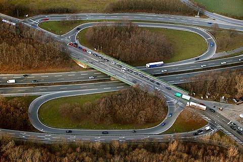 Aerial photograph, motorway loop, Autobahn ramp A45, B1 Ruhr Highway exit, Bochum-Stahlhausen, Wattenscheider Strasse, Bochum, Ruhr Area, North Rhine-Westphalia, Germany, Europe