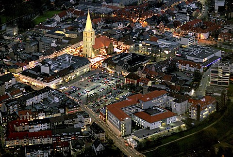 Aerial view, Pauluskirche Church Christmas Market, night shot with Christmas lights, Marienhospital Hospital, Synagogen Mahnmal, Synagogue Memorial, Hamm, Ruhr Area, North Rhine-Westphalia, Germany, Europe