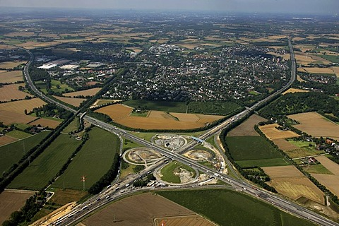 Aerial view, town of Kamen at top, Kamener Kreuz, motorway junction, A1 and A2 motorways, structural alteration works, Kamen, Ruhr Area, North Rhine-Westphalia, Germany, Europe