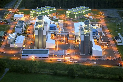 Aerial photograph, GuD-Kraftwerk, gas turbine power plant, evening shot, power plant cooler, public utility companies: Stadtwerke Hamm, Stadtwerke Witten, Stadtwerke Herne, Trianel, Siemens, Uentrop, Hamm, Ruhr Area, North Rhine-Westphalia, Germany, Europ