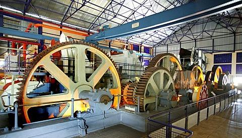 Cogs, sugar press, Laventure du sucre, Sugar Museum, Beau plan, Mauritius, Indian Ocean, Africa