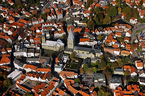 Aerial photo, St. Petri church, St. Patrokli-Dom Cathedral, inner city, Soest, Kreis Soest, Soester Boerde, South Westphalia, North Rhine-Westphalia, Germany, Europe