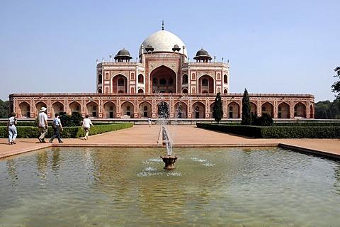 Humayun's Tomb, partial view, Delhi, North India, Asia