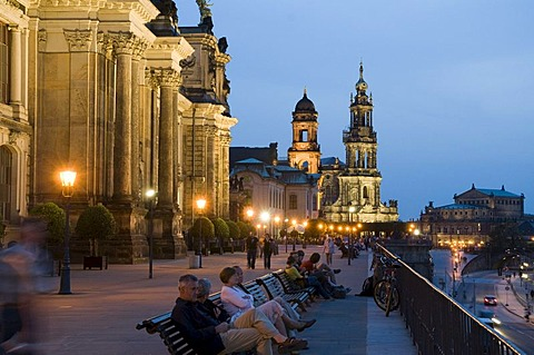 Kunstakademie Academy of Arts, Bruehlsche Terrassen terraces at dusk, Dresden, Saxony, Germany