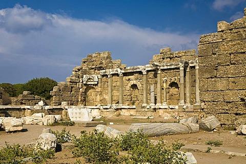 Roman ruins in Side, Turkish Riviera, Turkey, Asia