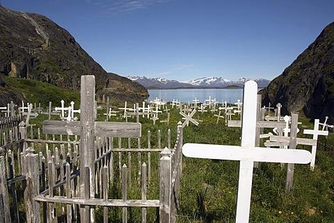 Maniitsoq or Sukkertoppen cemetery, Cross, Greenland, Denmark