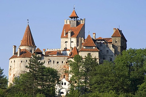Bran Castle or Draculaís Castle, Wallachia, Carpathian Mountains, Romania - 832-250932