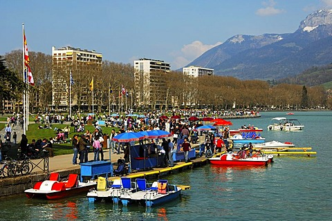 Landing place for paddleboats at Annecy Lake, Savoyen, France, Europe