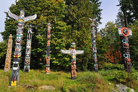 Indian totem, totem poles in Stanley Park, Vancouver, British Columbia, Canada, North America