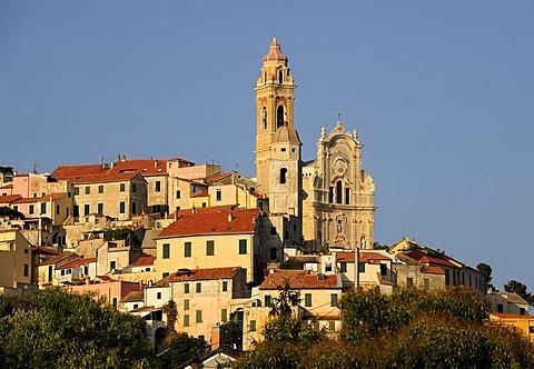 Cervo with the Parish church of San Giovanni Battista, Riviera dei Fiori, Liguria, Italy, Europe
