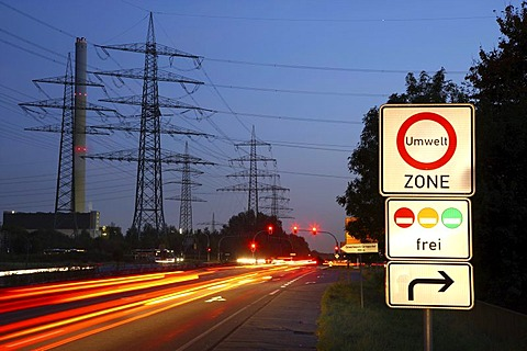 Low Emission Zone information sign at B224, Gladbecker Street, Bottrop, Essen city limits, North Rhine-Westphalia, Germany, Europe