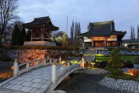 Japanese rock garden, Buddhist temple complex, bell tower, Eko-House of Japanese Culture, dusk, Duesseldorf, North Rhine-Westphalia, Germany, Europe