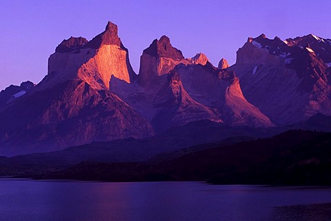 Cuernos del Paine, Torres del Paine National Park, Patagonia, Chile, South America - 832-256002