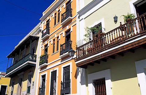 House facades, historic city centre of San Juan, Puerto Rico, Caribbean