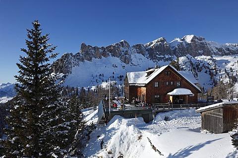 Erfurter hut, Dalfazer Waende ridge, Rofan, Rofan Range, Tyrol, Austria, Europe