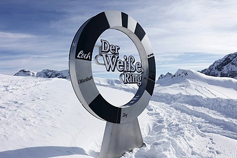 Der Weisse Ring, German for The White Ring, Lech-Zuers skiing area on Ruefikopf mountain, Lechtal Alps, Vorarlberg, Austria, Europe