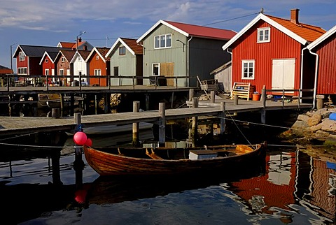 Wooden houses, landing stage, fishing village on the small archipelago island of Resoe, Sweden, Scandinavia, Europe
