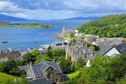 View of the town of Oban, Scotland, Great Britain, Europe