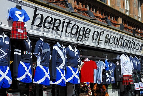 Traditional clothing shop, Edinburgh, Scotland, Great Britain, Europe