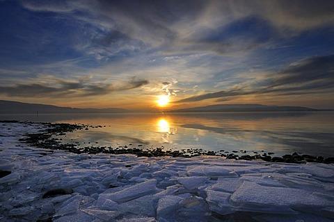 Sunset on the shore of Reichenau Island, Konstanz district, Baden-Wuerttemberg, Germany, Europe